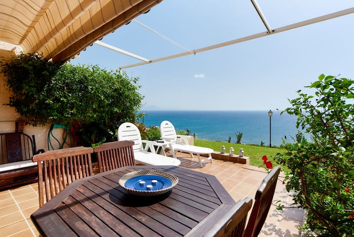 COME TO PARADISE-PANORAMIC SEA VIEWS-ONLY-WIFI