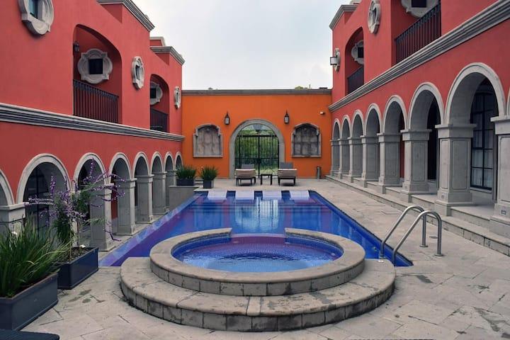 Hermosa Villa Hatso