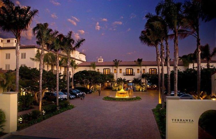 Terranea Resort King Guestroom