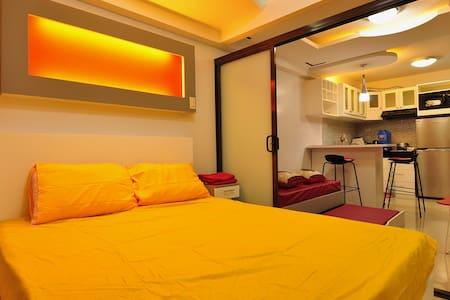 Newly 1bedroom besides SM, biggest shopping mall - Davao City