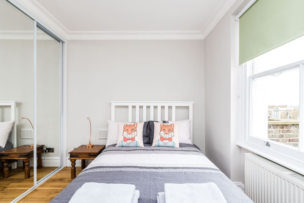 Gorgeous Two Bedroom Flat In Iconic Notting Hill