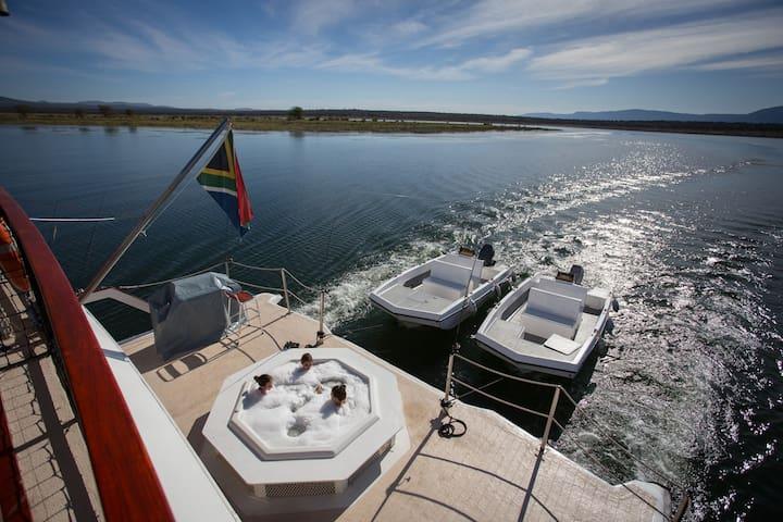 Shayamanzi Houseboat l, Jozini, KZN, South Africa
