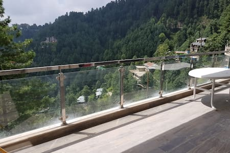 Luxurious Nathia Gali Apartment Ground Floor
