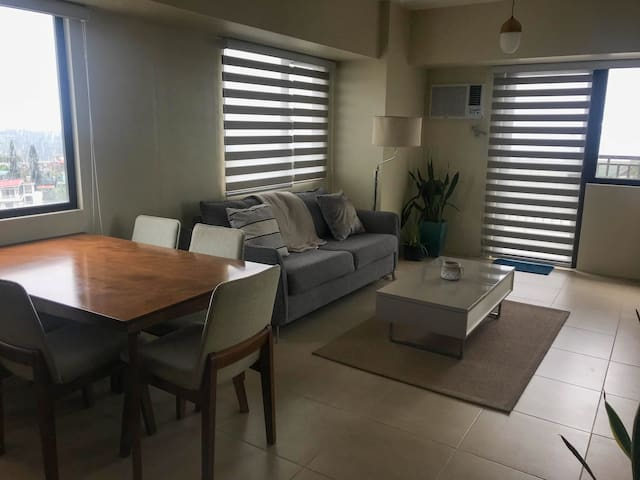 1 Bedroom Tagaytay Unit with a view of Taal Lake