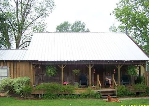 Backyard Cottage Private