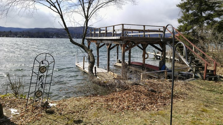 Lovely cottage on Lake George, NY.  Dock INCLUDED
