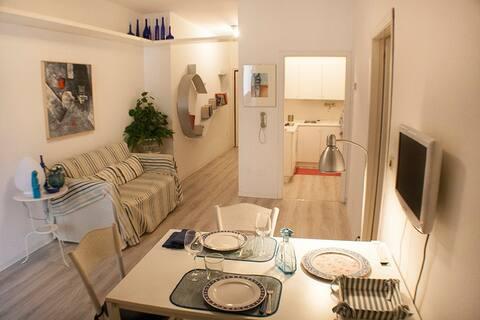 Belo apartamento entre a Cidade Velha e o mar