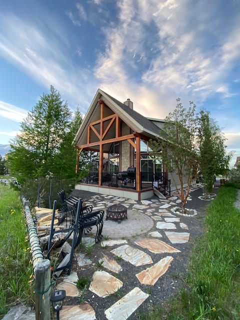 Elevation Cottage on Ghost Lake - Life Elevated
