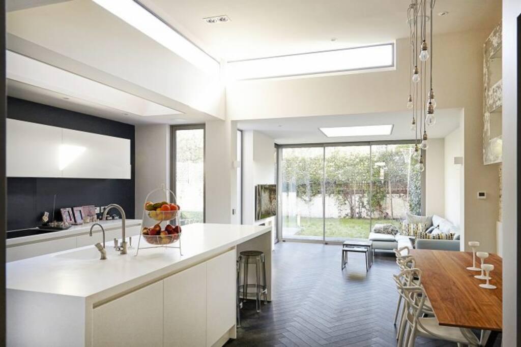 Kitchen - Family Room