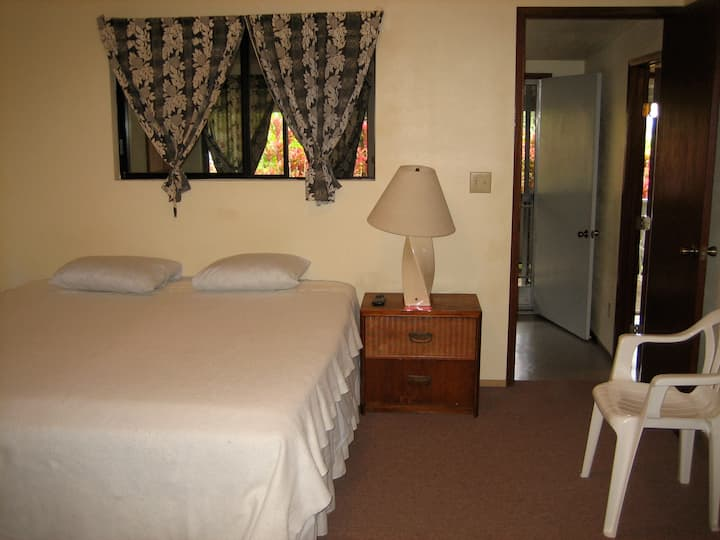 #2 Keanini  $101. per night for 2 people