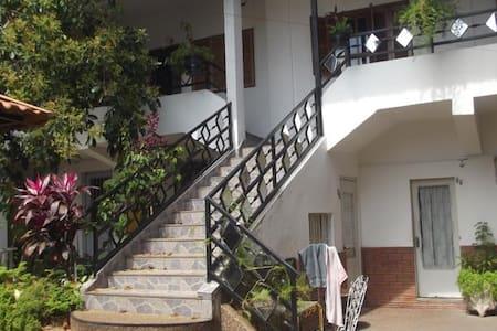 Hotel Tia - Salto