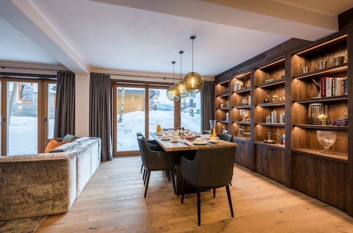 Balegia Apartment 2 - Luxury two bedroom apartment in the centre of Lech