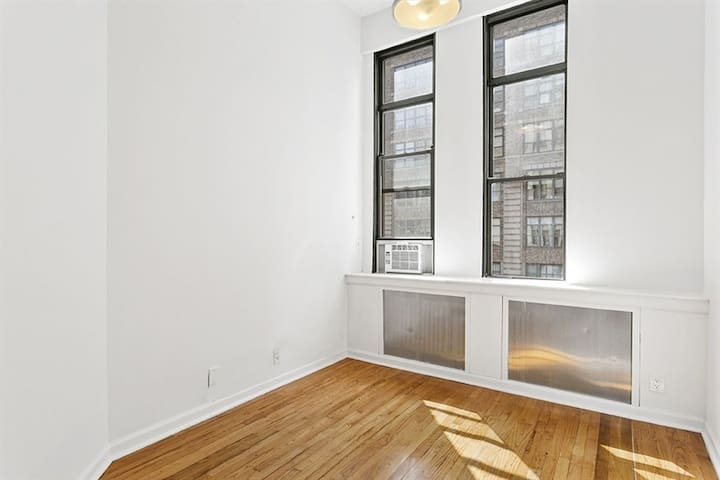 2 bedroom soho apartment