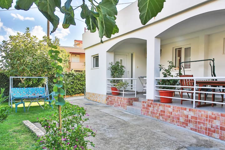 Cozy apartment with terrace Split