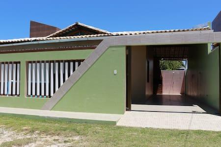 Casa de praia com piscina, Praia do Abaís (casa A)
