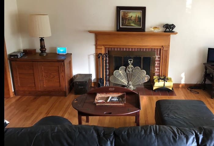 Cozy 2 bedroom home in Charlottesville