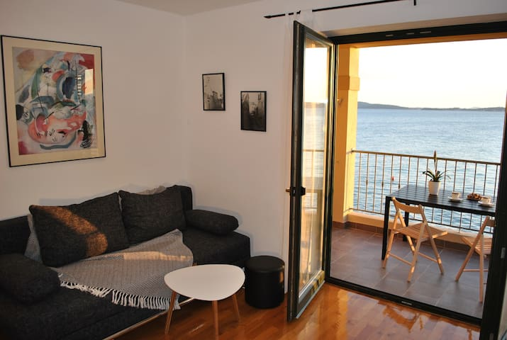 Superb direct seaside apartment - Bibinje - Pis