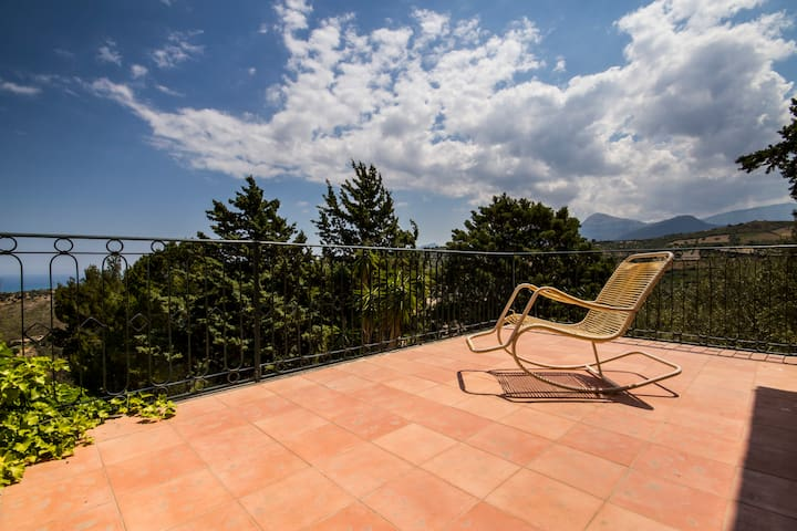 Beautiful Villa near Cefalù - countryside