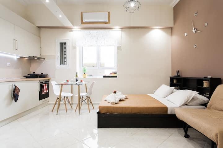Modern-Cozy Apartment 150m to Metro, 8' to Athens