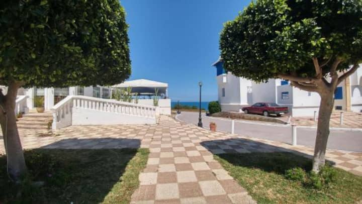 beautiful apartment on the ground floor sea view
