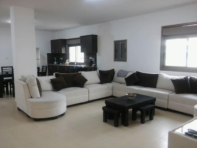 Bright spacious flat in Bethlehem