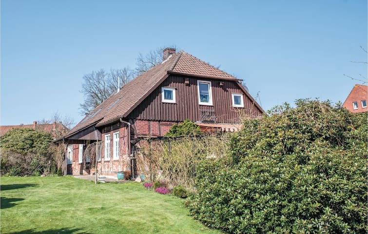 Holiday apartment with 1 bedroom on 50m² in Celle Altenhagen