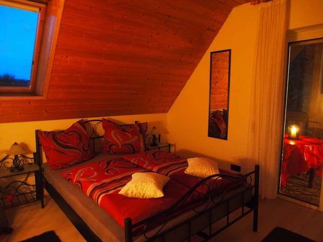 Ruhrtal-apart großzügige Wohnung mit  Balkon
