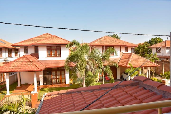 Thisara Holidays Luxury Villa Gemunu
