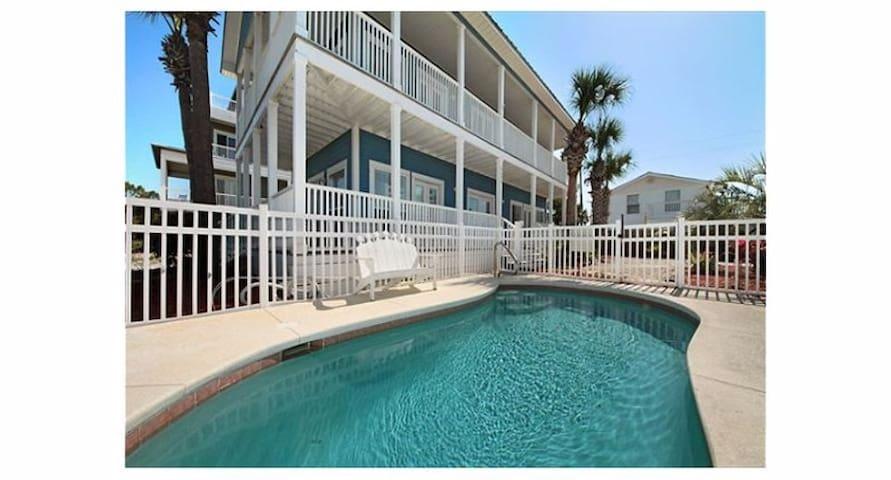 Gulf View, Pet Friendly! Pool
