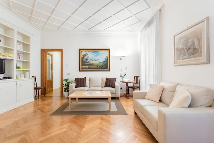 Charming Apartment in the Center of Rome - Roma - Daire