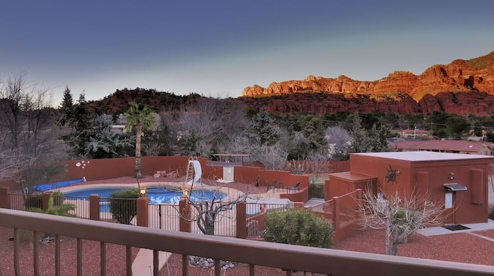 ~New Listing~ Javelina Hideout Casita With Pool And Views