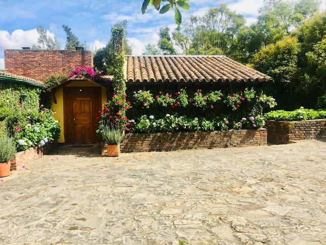 Excepcional finca sabanera a media hora de Bogotá