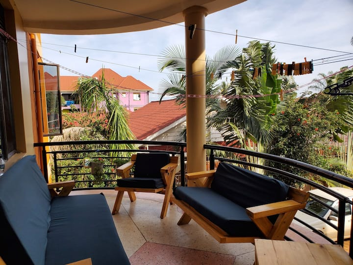 Bright, Comfortable Apartment in Jinja Town