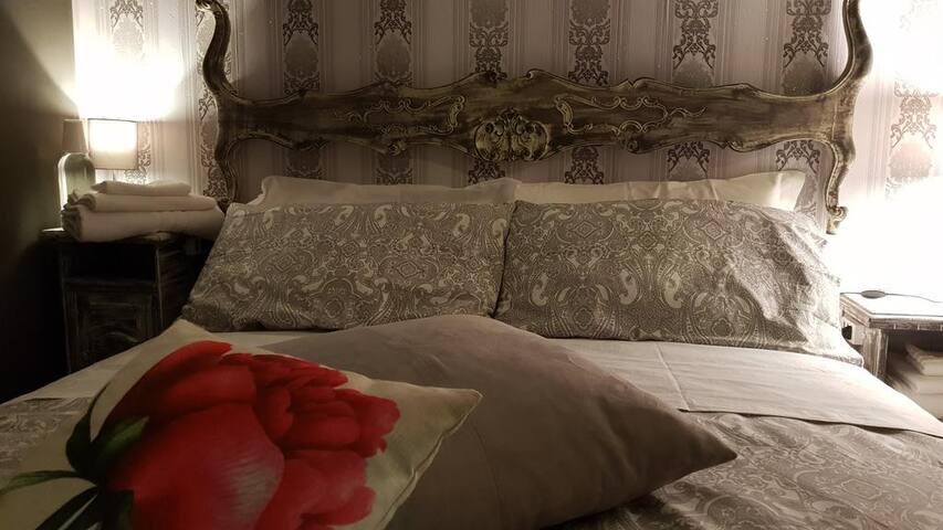 Otto Agosto Rooms - HOST iN BO