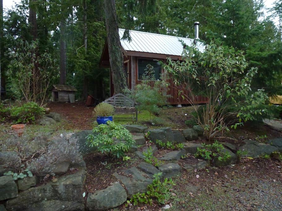 Earth Garden studio