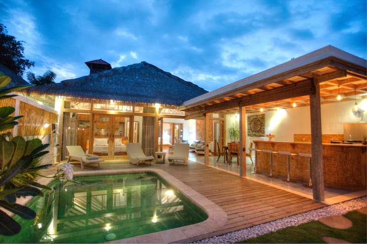 Kempas Villa 1, stunning private villa @ Gili Air