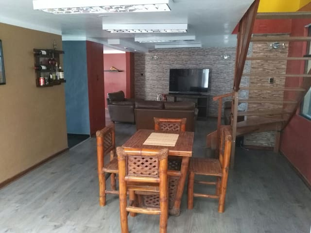 Private room and full access to the house - Puno