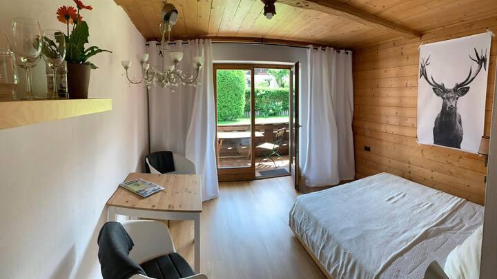 1 Zimmer Wohnung  mit Balkon - 50m zum Schliersee