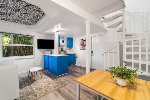 treehouseBREEZE • Blue Door Suite • Delray Beach