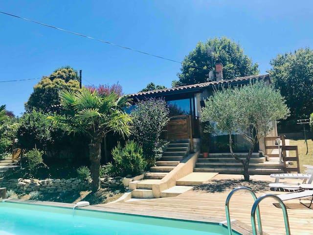 Maison  de charme avec piscine et clim