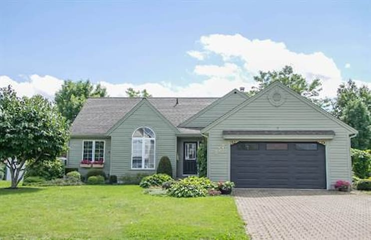 3 bedroom open concept home with sunroom