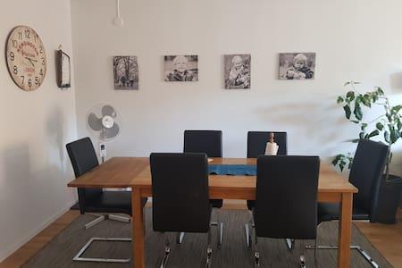 Lägenhet med närhet till allt Norrköping erbjuder.