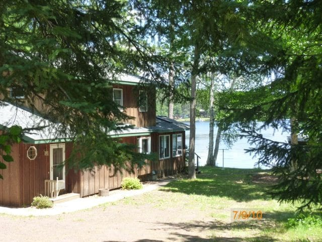 Lake Nebagamon WI - On the Lake - 3BR/2.5 Bath