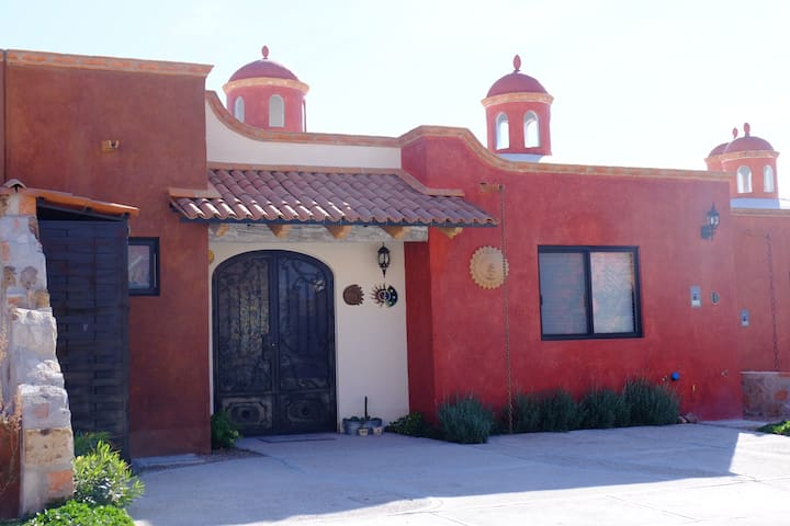 Beautiful and cozy house with pool and security - San Miguel de Allende - Ev