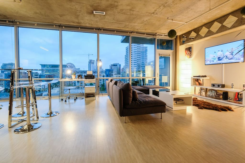1200sf 2 2 luxury loft heart of dwntwn parkng view lofts - Loft industriel san diego californie ...