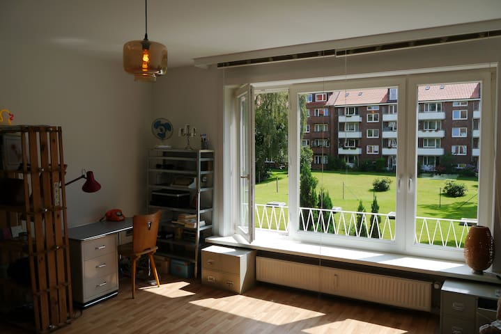 Charming 1-Room-Apartment close to City Center - Hamburg - Byt
