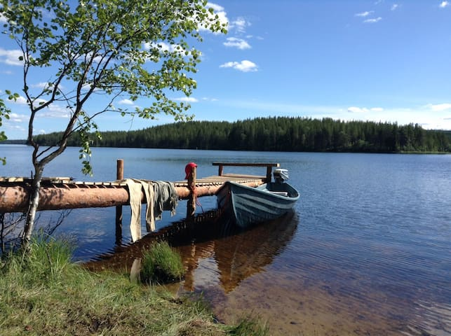 La Cabane des Myrtilles : an anthentic wilderness. - Kuusamo - กระท่อม