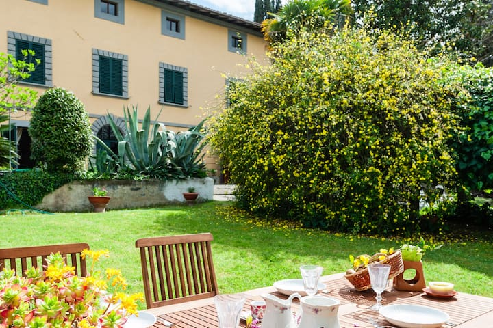 Villa Sofia and the wonders of Tuscany