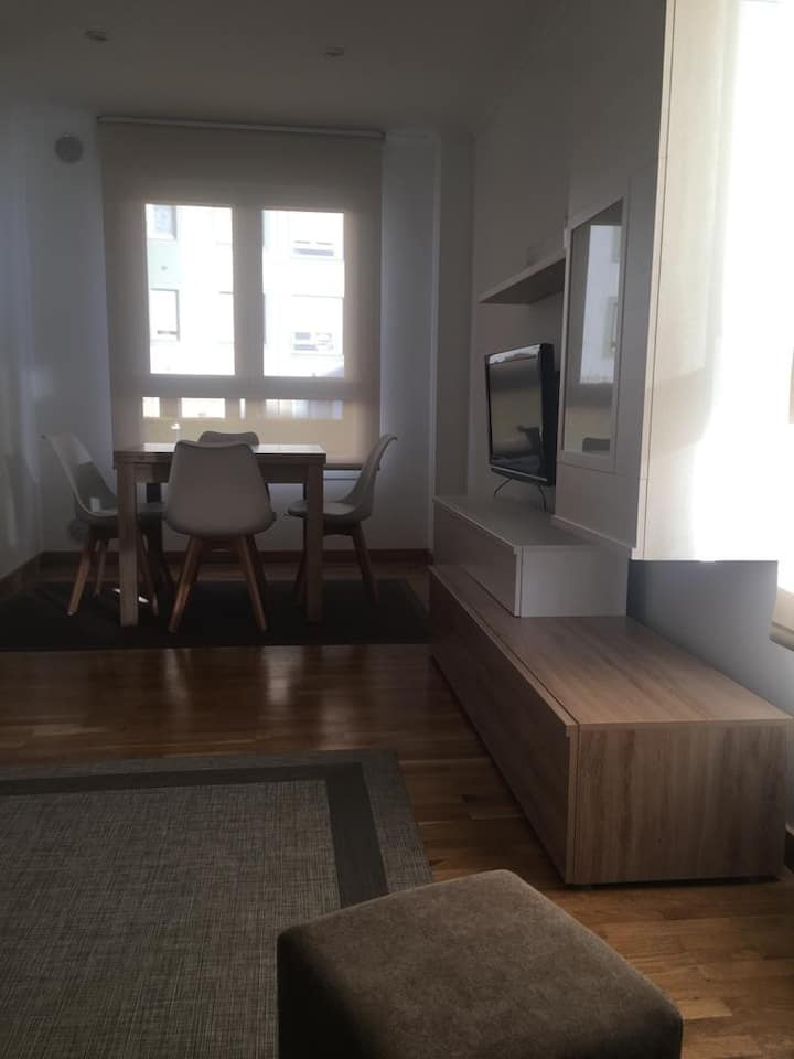 Nuevo y práctico apartamento en Puerto de Vega.