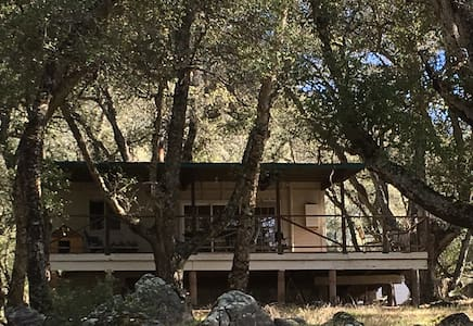 Harrison Serenity Ranch Guest House - Palomar Mountain - Casa